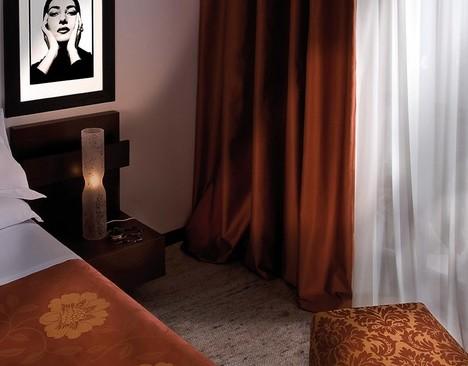 Arquati genova forniture tessili per hotel forniture for Tessuti arredamento genova